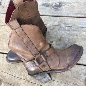 Ariat Harness Boot Leather Burnished 6.5 Short EUC